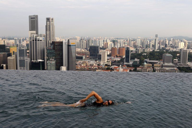 Extreme Swimming Pool