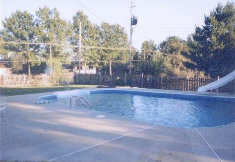 Independence, MO Swimming Pool - 3